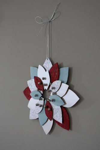 Cardboard-wreath