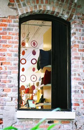 Windowpassageway